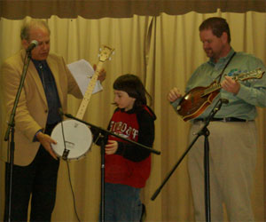 Dr  Banjo | Banjo Claus! Pete and Don Rigsby give away banjos in
